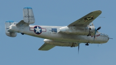 Photo ID 79646 by Rod Dermo. Private Private North American B 25J Mitchell, N3155G