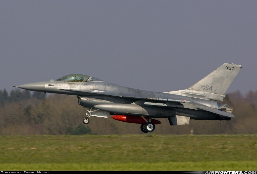 AIRFIGHTERS COM - General Dynamics F-16A/ADF Fighting Falcon