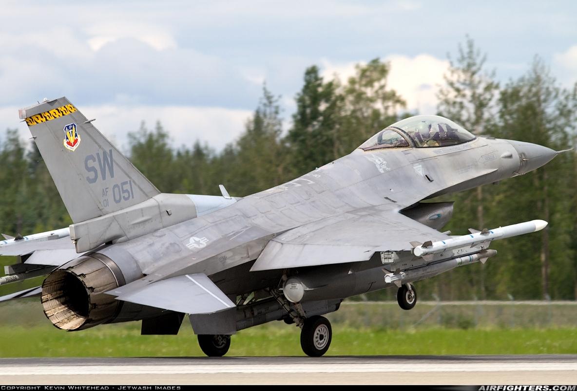 Arctic Camo F-16