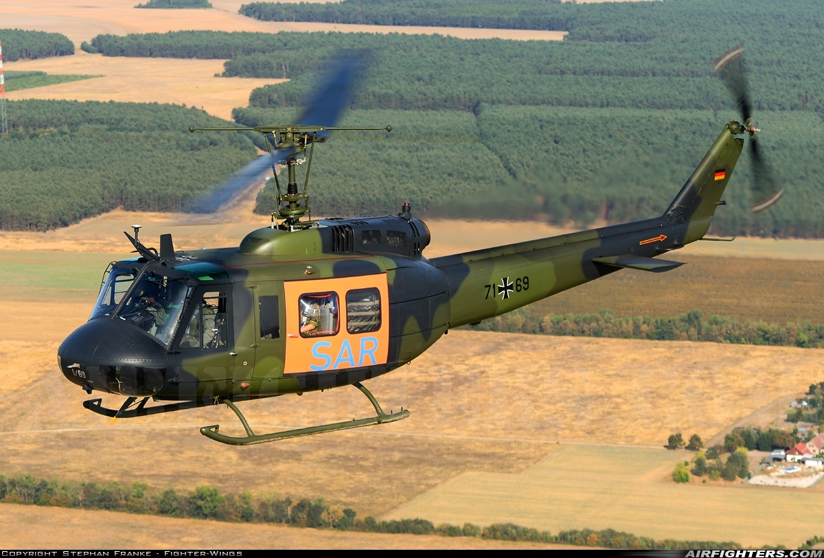 Photo ID 244224 by Stephan Franke - Fighter-Wings. Germany Army Bell UH 1D Iroquois 205, 71 69