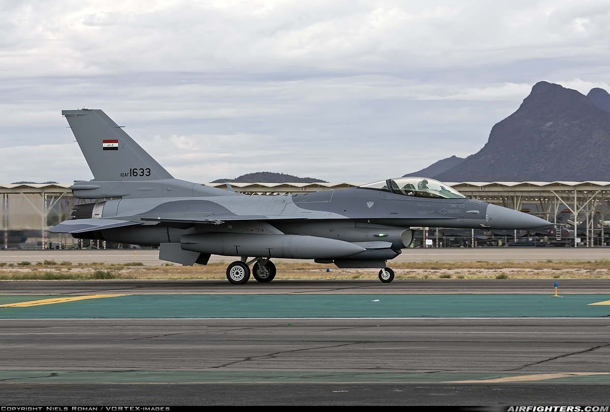 Photo ID 246516 by Niels Roman / VORTEX-images. Iraq Air Force General Dynamics F 16C Fighting Falcon, 1633