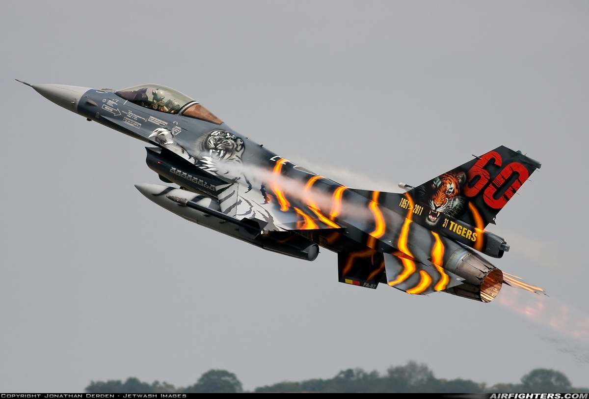 Belgian Special Scheme F-16 FA-87 Take Off